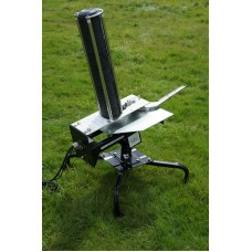 Aerial Assault clay pigeon trap